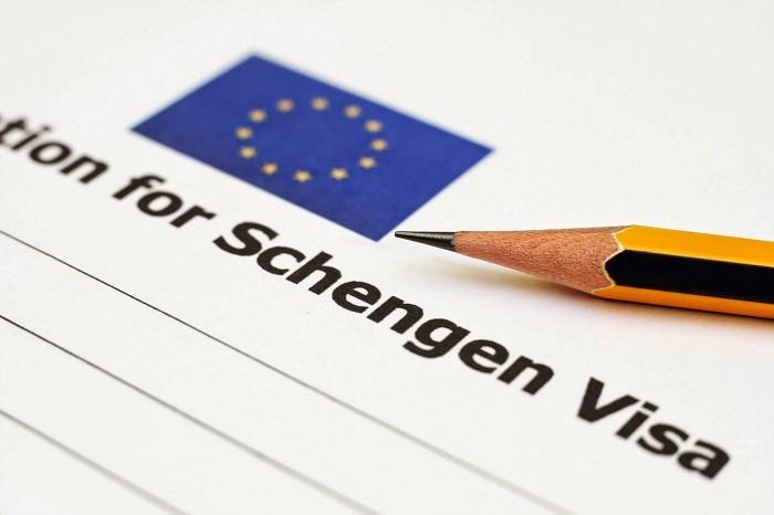 dich-vu-lam-visa-thuy-si-nhanh-visabaongoc.com-001