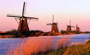 Molens aan de Kinderdijk (Kinderdijk Windmills)